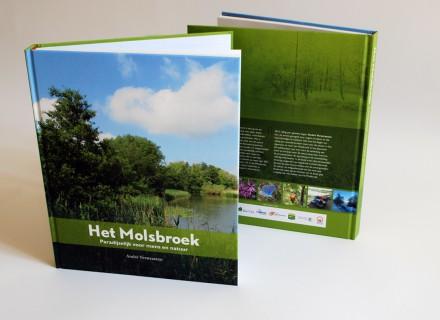 Ontwerp en opmaak van boek 'Het Molsbroek' door Graffito